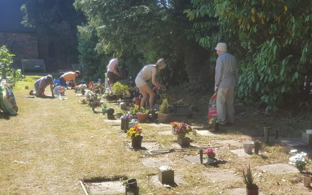 Knutsford Road Churchyard Working Party – 22 May 2021