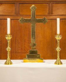 candle-sticks-altar-cross